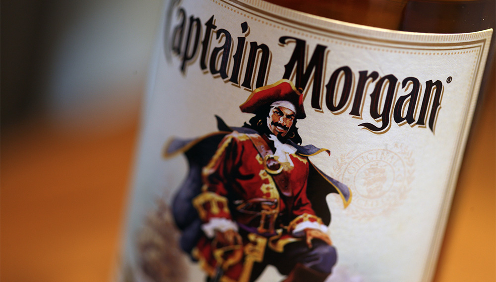 Bar Pirates, Here's Your Introduction to Rum!